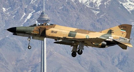 خلل فني يتسبب في سقوط طائرة إيرانية من طراز f4