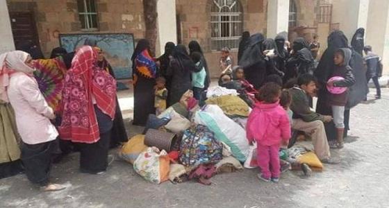 """بتهمة الخيانة.. """" الحوثيون """" يختطفون 150 نازحا من محافظة الحديدة"""