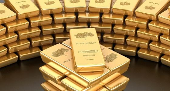 الذهب مستقر مع انتظار المستثمرين