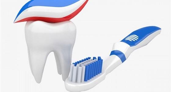 الغذاء والدواء : الألوان على علبة معجون الأسنان ليس لها دلالة طبية