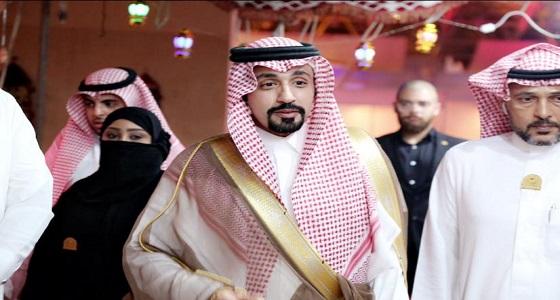 الأمير نايف بن فهد آل سعود يزور معرض فعاليات الحارة العربية