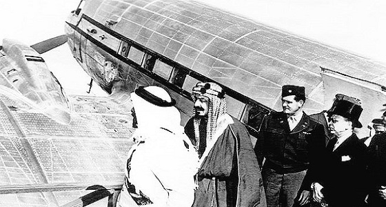 بالصورة..وثيقة لأول رحلة طيران في تاريخ المملكة