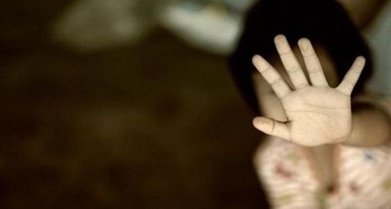 الشرطة تبحث عن شاب اغتصب ابنة عمه الطفلة أثناء الصيام