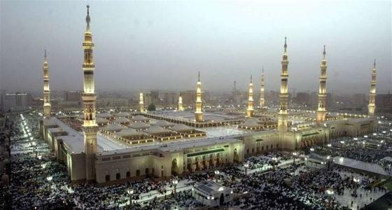طقس غائم جزئيا ورياح سطحية على الحرم النبوي