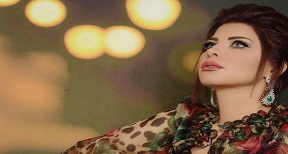 شاهد.. شمس الكويتية بروب الاستحمام بعد رقصها بملابس النوم