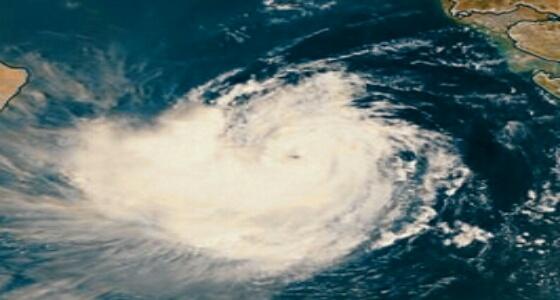 « المسند » : العاصفة المدارية هيكا ستتحول إلى إعصار من الدرجة الأولى