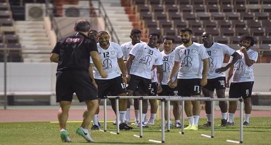 الشباب يواصل استعداداته لمواجهة النصر