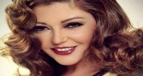 سميرة سعيد تتعرض للانتقاد بسبب إطلالة غريبة