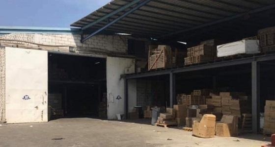 بلدية أبرق الرغامة تغلق عددا من المستودعات المخالفة