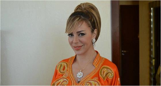 سوزان نجم الدين تصف ارتدائها للنقاب لمدة عامبن بـ« السجن »