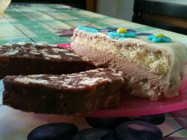 Biela čokoládová poleva, torty, pečenie, poleva, smotana