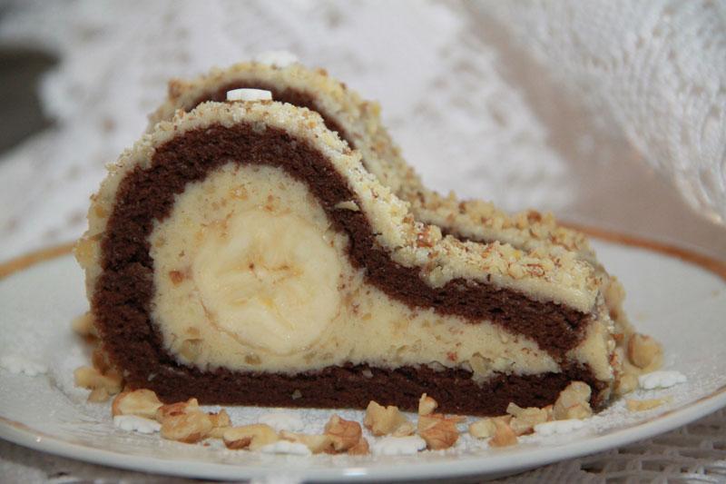 slonie slzy, banánový koláč, banánová roláda, orechová roláda s banánom