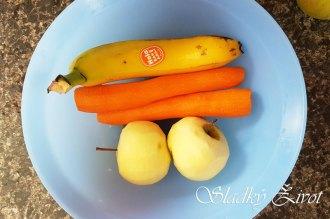 mrkvový- ovocný zákusok