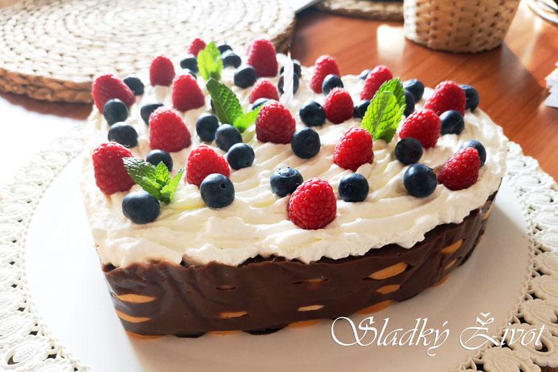 Torta z BB pudingu srdiečková