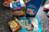 Kokosové rezy s čokoládovou polevou