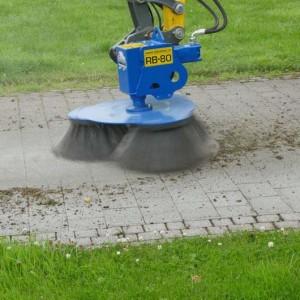 Slanetrac RB80 Block Paving Brush Cleaner Mini Digger Attachment EU