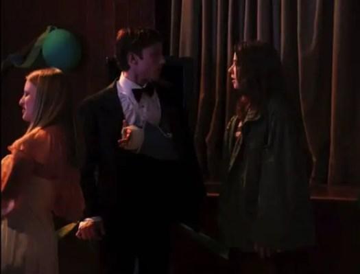 lindsay asks eli to dance