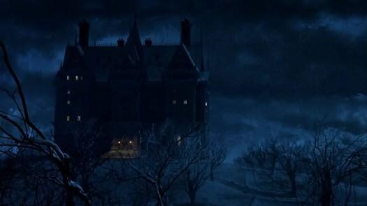 BATMAN RETURNS, TIM BURTON (1992) gothic mansion