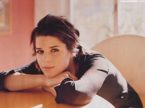 Neve_Campbell_14-1024