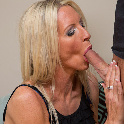mature wives sucking cock