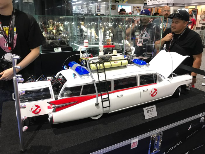BlitzWay's 1/6th Scale Ghostbusters Ecto-1