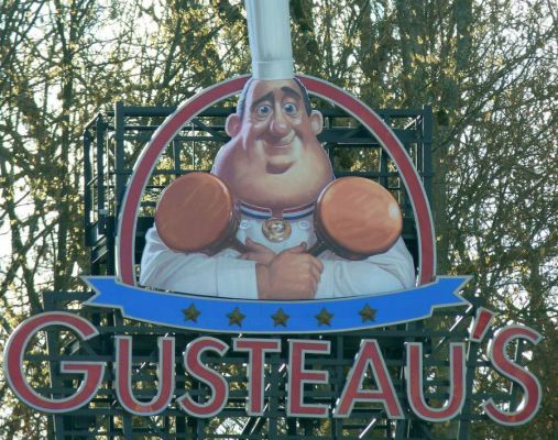 Gusteaus Ratatoille Ride