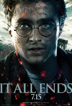 Harry-Potter-And-The-Deathly-Hallows-Part-2-Poster-2