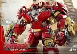 Hot Toys Avengers Hulkbuster 17