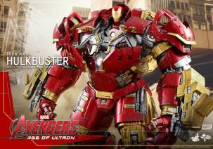 Hot Toys Avengers Hulkbuster 19