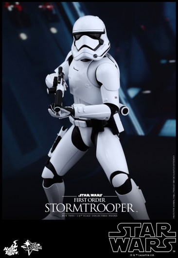 Hot Toys - Star Wars - The Force Awakens - First Order Stormtrooper Collectible Figure_PR1