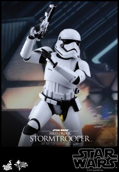 Hot Toys - Star Wars - The Force Awakens - First Order Stormtrooper Collectible Figure_PR3