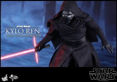 Hot Toys - Star Wars - The Force Awakens - Kylo Ren Collectible Figure_PR10