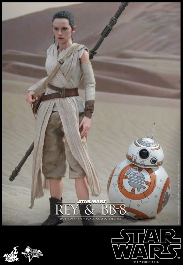 Hot Toys - Star Wars - The Force Awakens - Rey & BB-8 Collectible Set_PR2