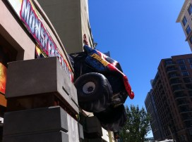 Comic-Con 2011: Monster Truck