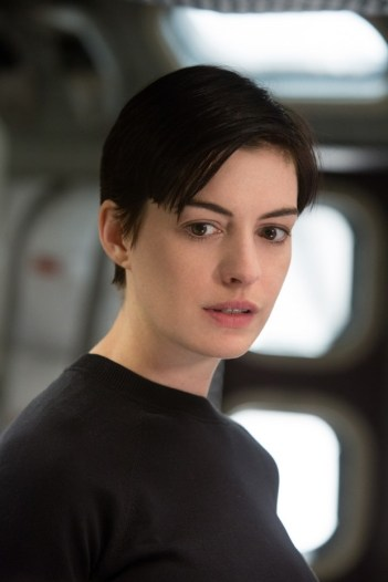 Interstellar Anne Hathaway 1