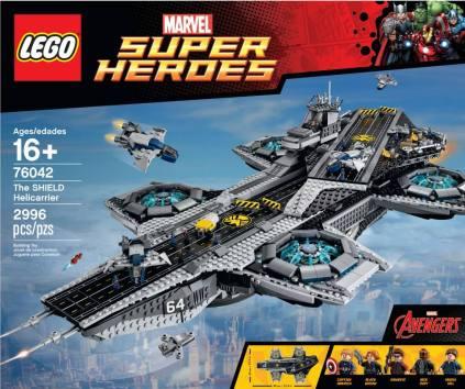 Lego Avengers Helicarrier 1