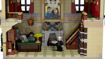 Lego Wayne Manor 4