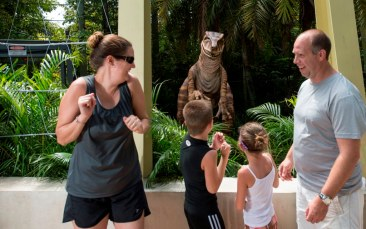 Raptor, Jurassic Park, Meet N Greet, Universal's Island of Adventure, Publicity