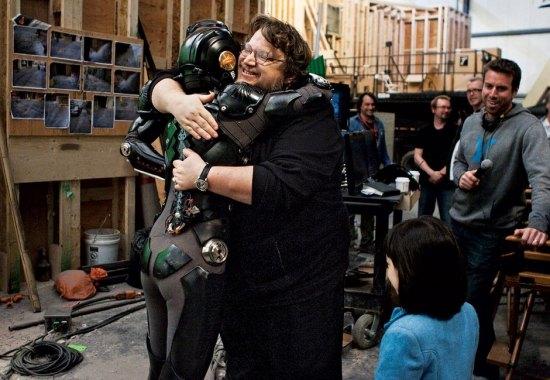 Rinko Kikuchi and Guillermo del Toro on the Pacific Rim set