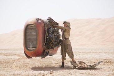 Star Wars The Force Awakens rey speeder