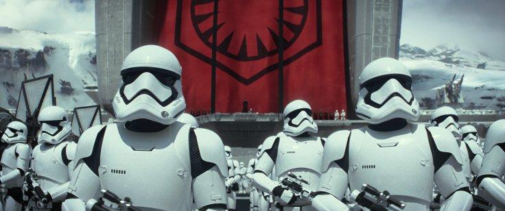 Star Wars The Force Awakens starkiller base 3