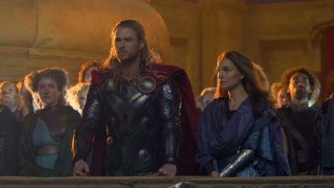Thor The Dark World Hemsworth Portman