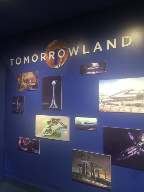 Tomorrowland Disneyland Preview 14