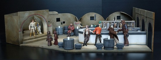 Elaborate, detailed Star Wars dioramas