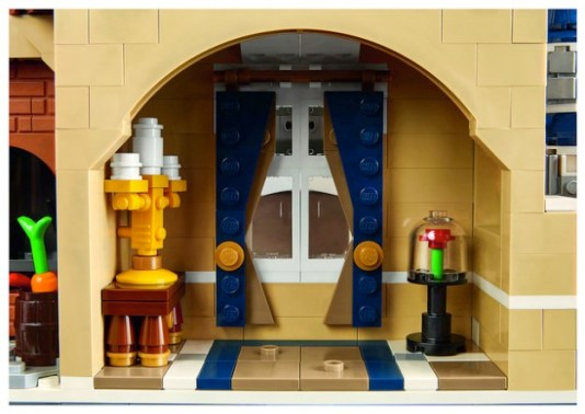 disney-legocastle-photo2