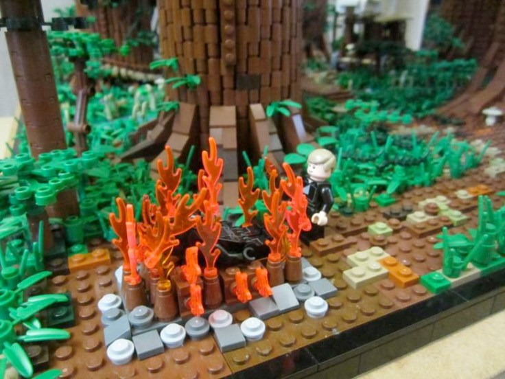 ewokvillage-legoset9