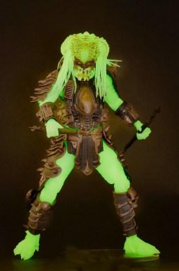 predator-stalker-glow