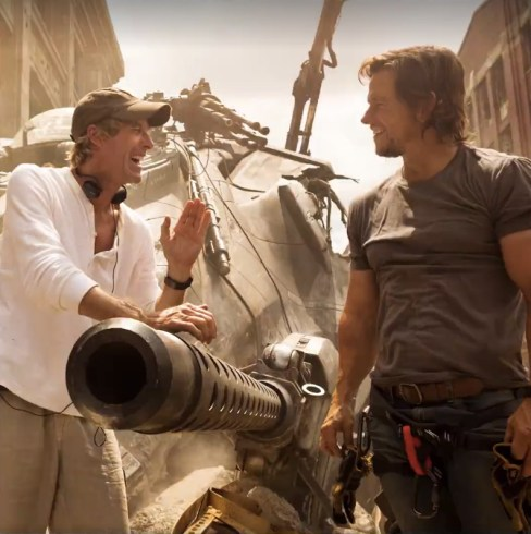 Transformers The Last Knight - Michael Bay and Mark Wahlberg