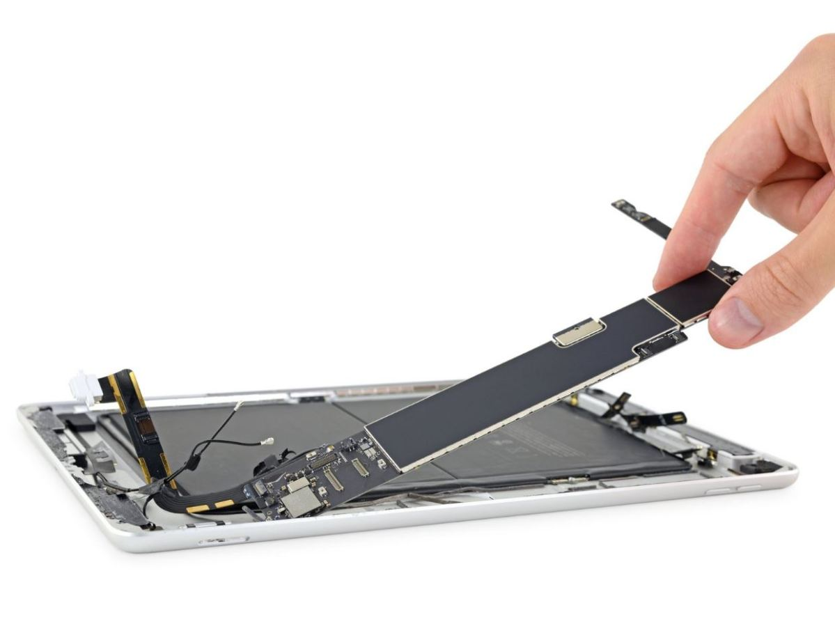 Image result for ipad 7 teardown