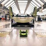 Epic Lego Technic Lamborghini Sian Fkp 37 Building Kit Has Nearly 3700 Pieces Slashgear